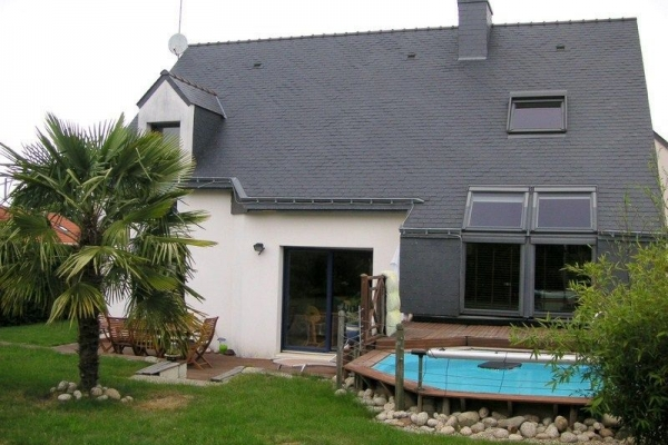 CARQUEFOU MAISON CONTEMPORAINE 7P AVEC PISCINE - Photo