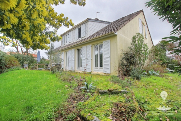 A VENDRE MAISON REZE LA HOUSSAIS 185m² - Photo